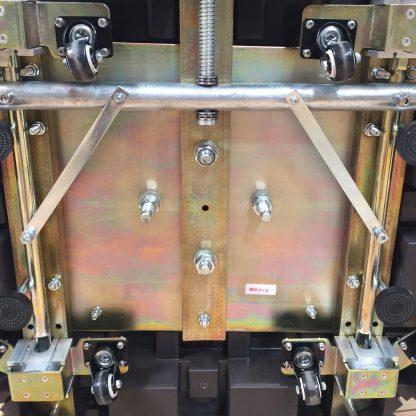 Base bottom of Galtech 897 10′ x 10′ Cantilever (Offset) Aluminum Square Umbrella